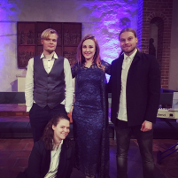 Mynämäen kirkko, 12/2018, Viljami Sainio, Tina Salminen, Viljami Viktors, E. Perttu