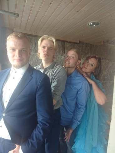 Tina Salminen Show & Covers, Turku, kvartetto 2020